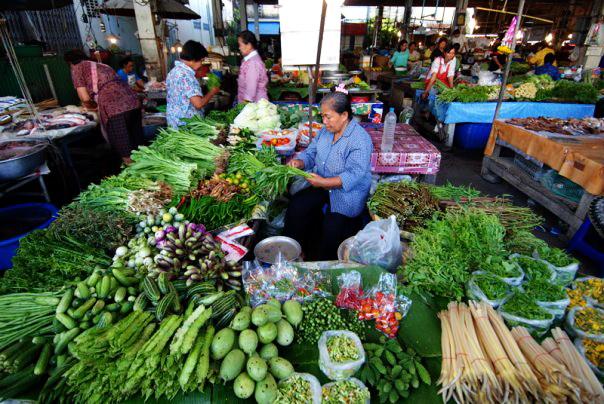 mercato pomeridiano Tak