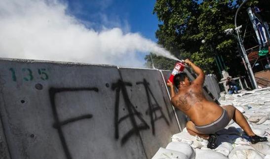 fialed Thailandia: scontro frontale contro la democrazia