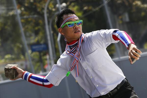 thailandia manifestante Thailandia: scontro frontale contro la democrazia