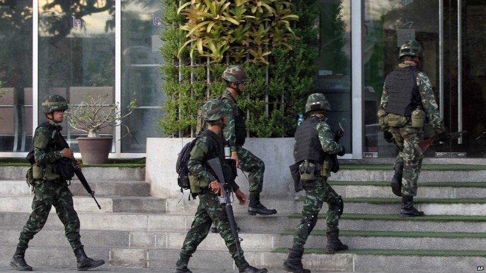 thai legge marziale tv radio Legge marziale in Thailandia, colpo di stato mascherato?