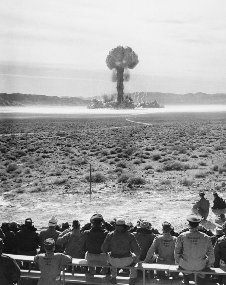 atomic test Hiroshima,  6 agosto 1945   ora locale 8:16