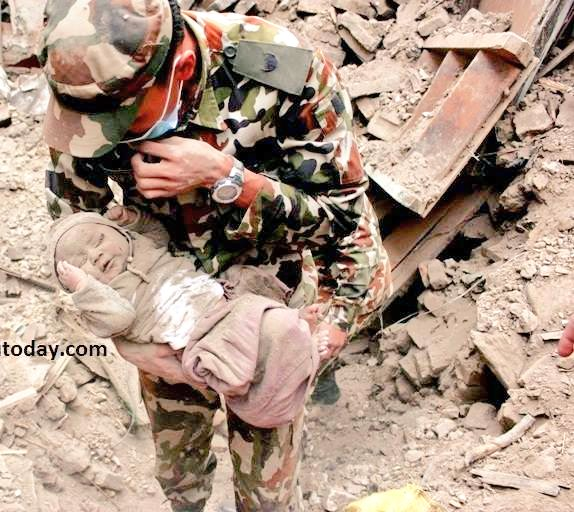 Nepal, bambino 4 mesi