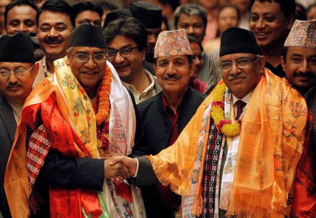 Sher Bahadur Deuba, 71 anni, è il nuovo primo ministro del Nepal e il decimo primo ministro del Paese in 11 anni. Foto Niranjan Shrestha/Associated Press